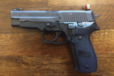 I decided to use the Snake Eyes on my favorite handgun—a Sig Sauer P226.