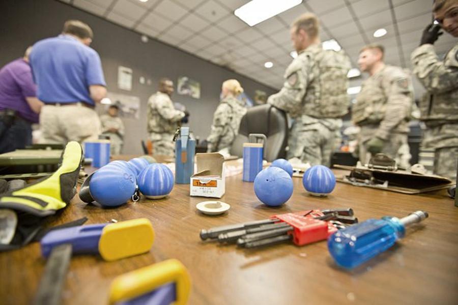 grenade-brainstorming
