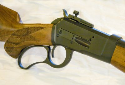 The Model 89 sports a curved pistol grip and lever.
