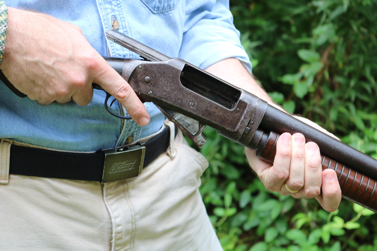 In the Trenches: the Legendary Winchester Model 1897 — Full