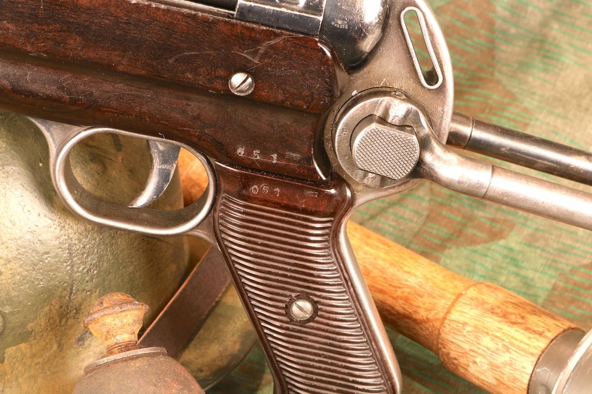 The German MP40 Versus the American M3A1 Grease Gun - GunsAmerica Digest