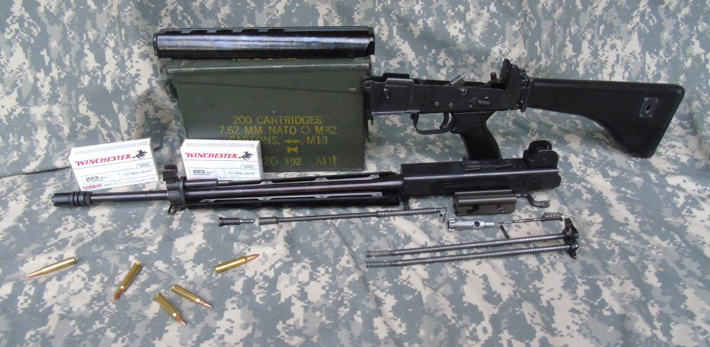 Stoner's Space Age Shoot-Off—The M16A1 Versus the AR-180