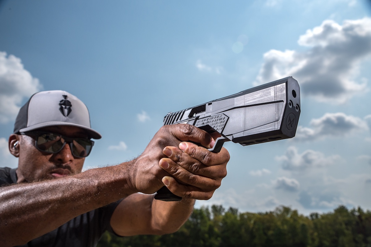Welcome to the New Age:  SilencerCo's Maxim 9 Integrally Suppressed 9mm