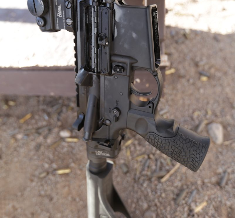 Update: Daniel Defense VP7 with SB Tactical Folding Brace — SHOT Show 2018
