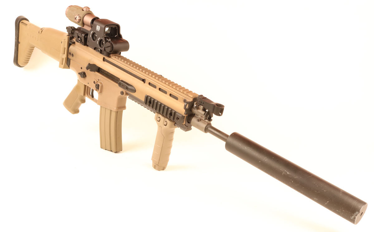 FN SCAR Review - The Most Refined Assault Rifle in the World