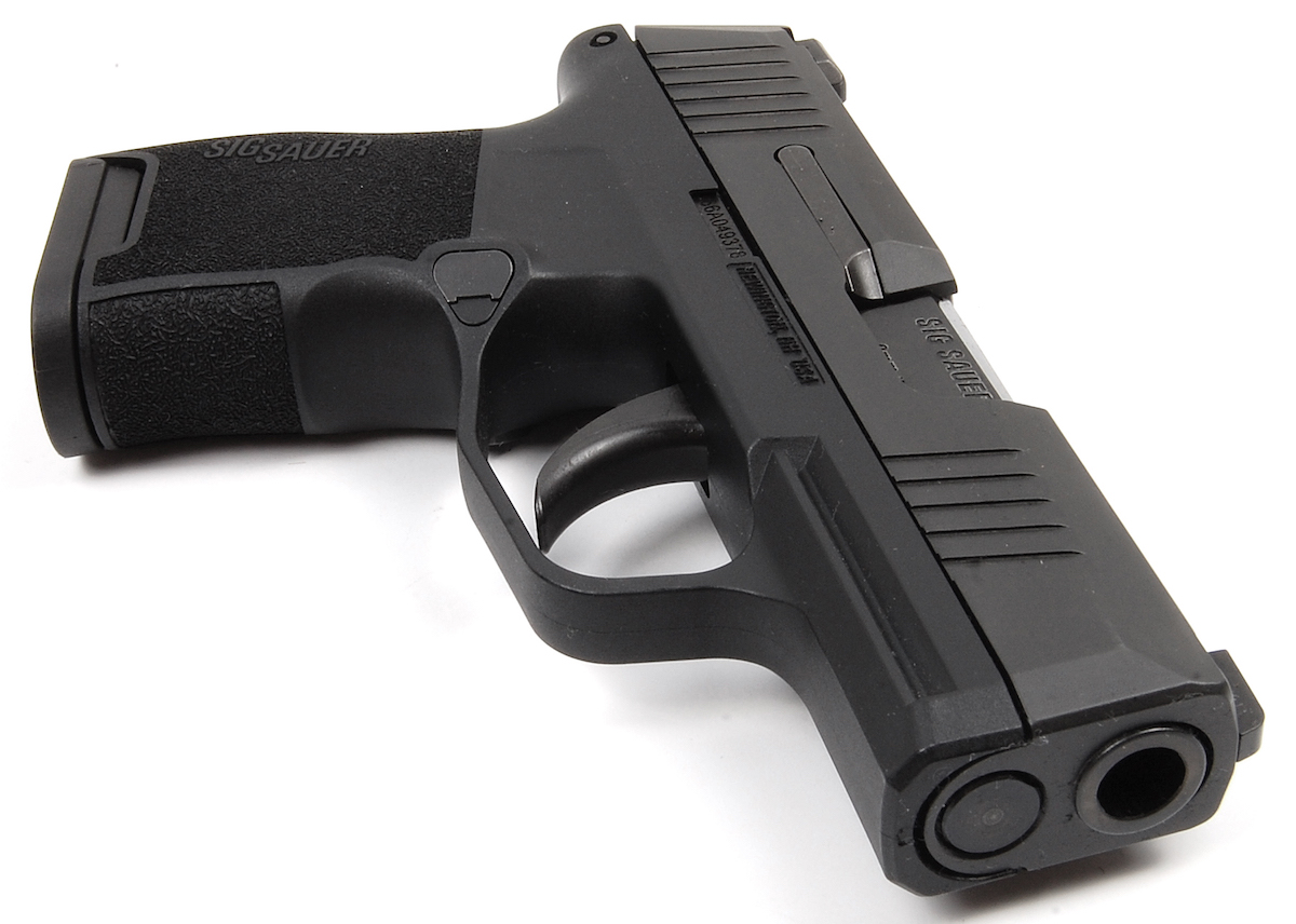 What I Love & Hate About the SIG Sauer P365 - GunsAmerica Digest