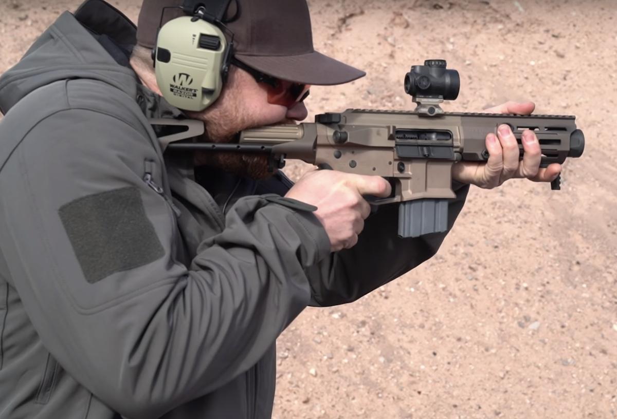 Maxim Defense's New PDX Rifle is Only 18 Inches Long – SHOT Show 2019