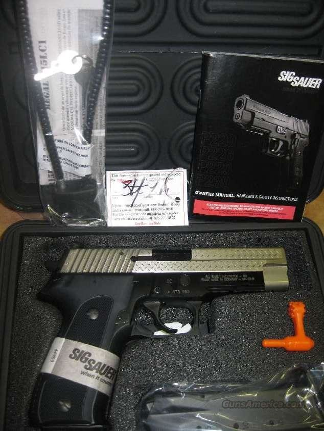 FREE SHIPPING  SIG Sauer -- P226 226 Diamond Plate 9mm limited edition no CC fees  Guns > Pistols > Sig - Sauer/Sigarms Pistols > P226
