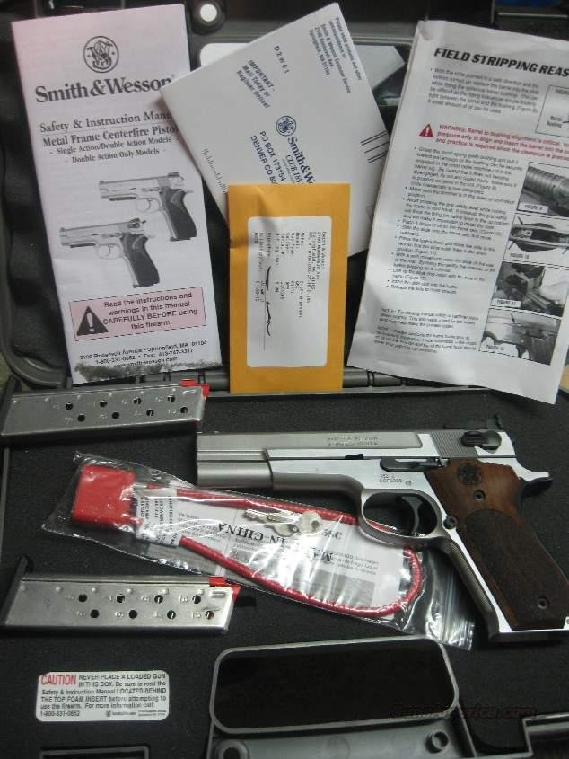 Smith & Wesson -- Performance Center 952 9mm Target stainless  Guns > Pistols > Smith & Wesson Pistols - Autos > Steel Frame