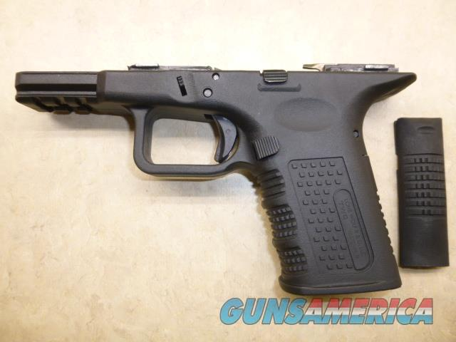NEW Lone Wolf TIMBERWOLF Compact Frame for Glock 19 for the Really Small Hand  Guns > Pistols > Glock Pistols > 19