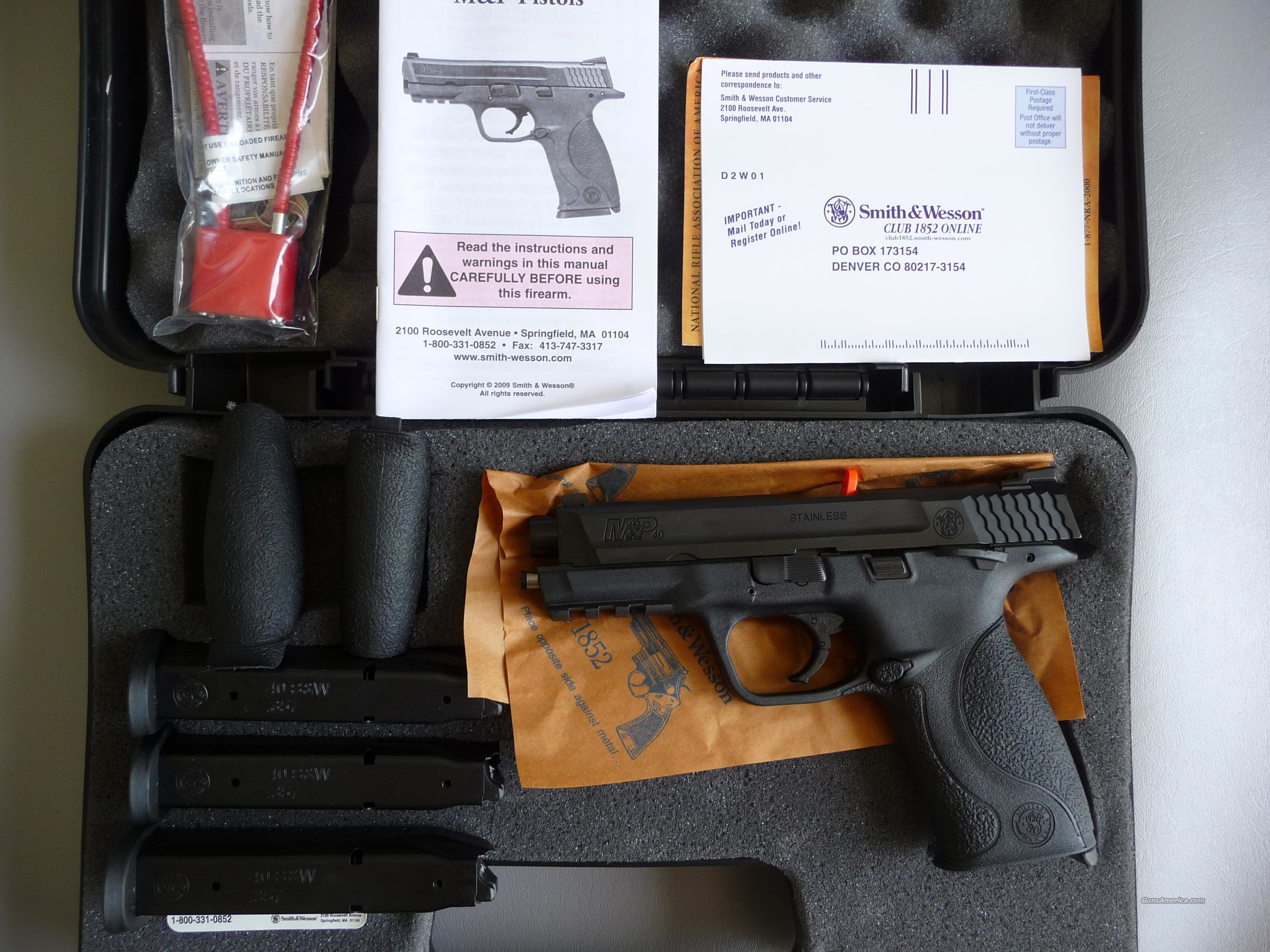 S&W M&P-40 with 3 Hi-Cap Mags, Unfired Police Trade-In  Guns > Pistols > Smith & Wesson Pistols - Autos > Polymer Frame