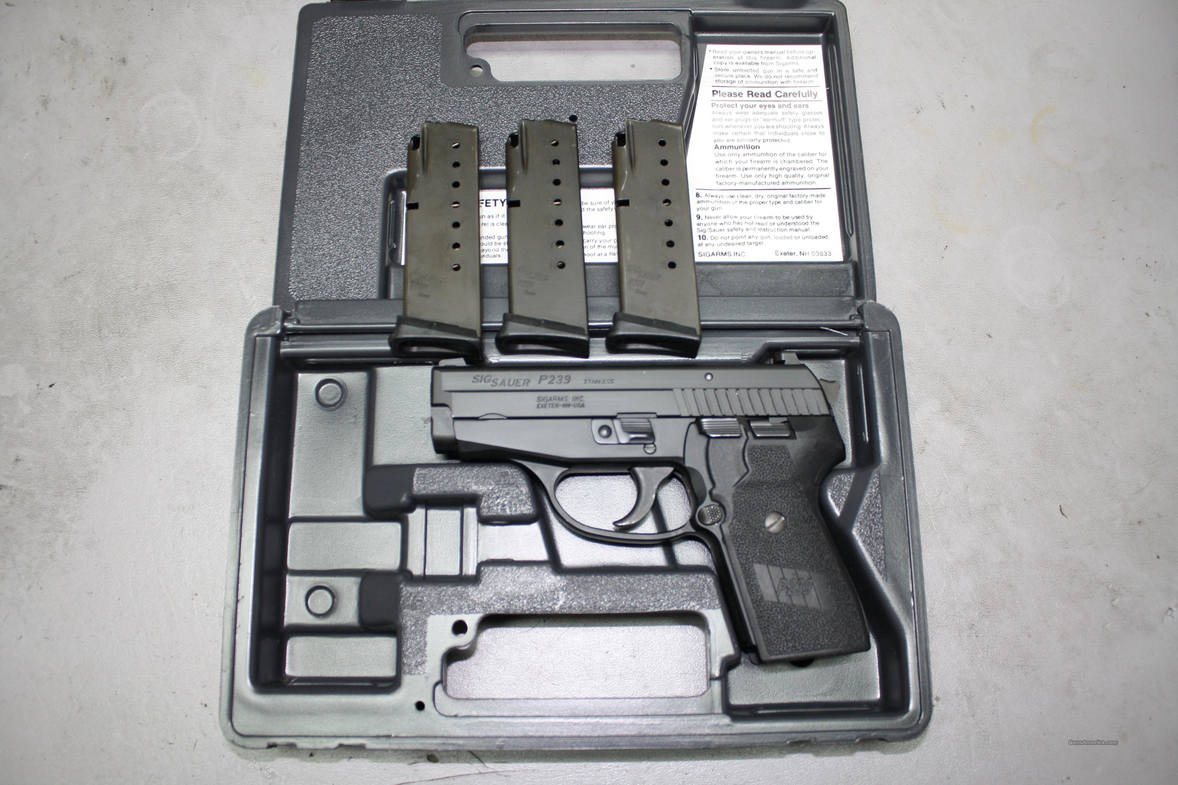 Used Sig P239 Compact 9mm Pistol with 3 Mags, Night Sights & Box  Guns > Pistols > Sig - Sauer/Sigarms Pistols > P239