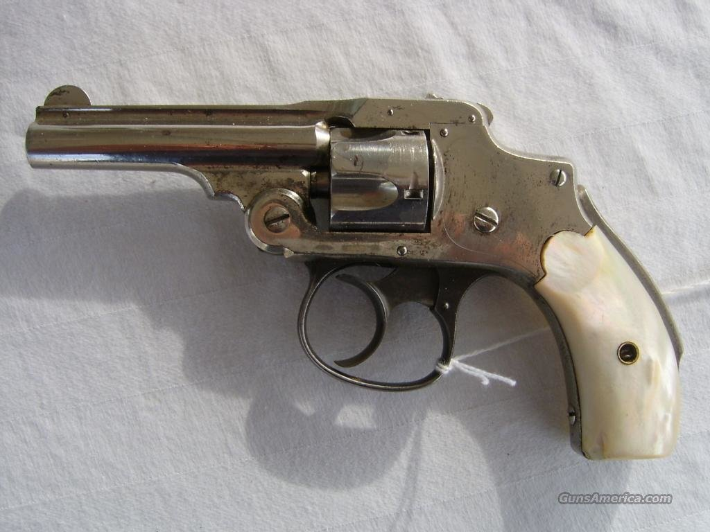 S&W Smith and Wesson Lemon Squeezer .32 Pearl Grip   Guns > Pistols > Smith & Wesson Revolvers > Pre-1945