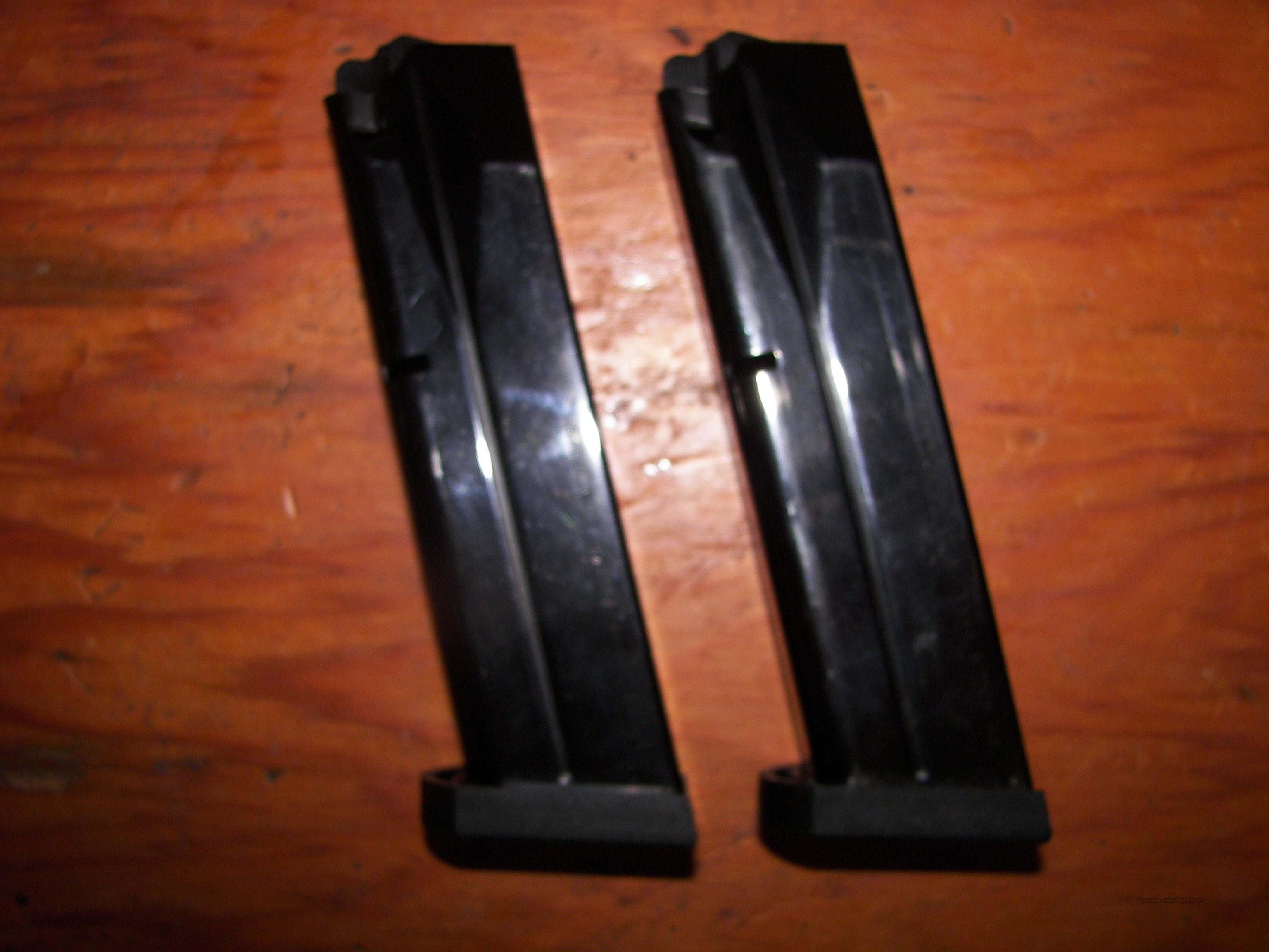 Beretta 92 9mm 17 Round Magazines, Sold As A Pair  Non-Guns > Magazines & Clips > Pistol Magazines > Beretta