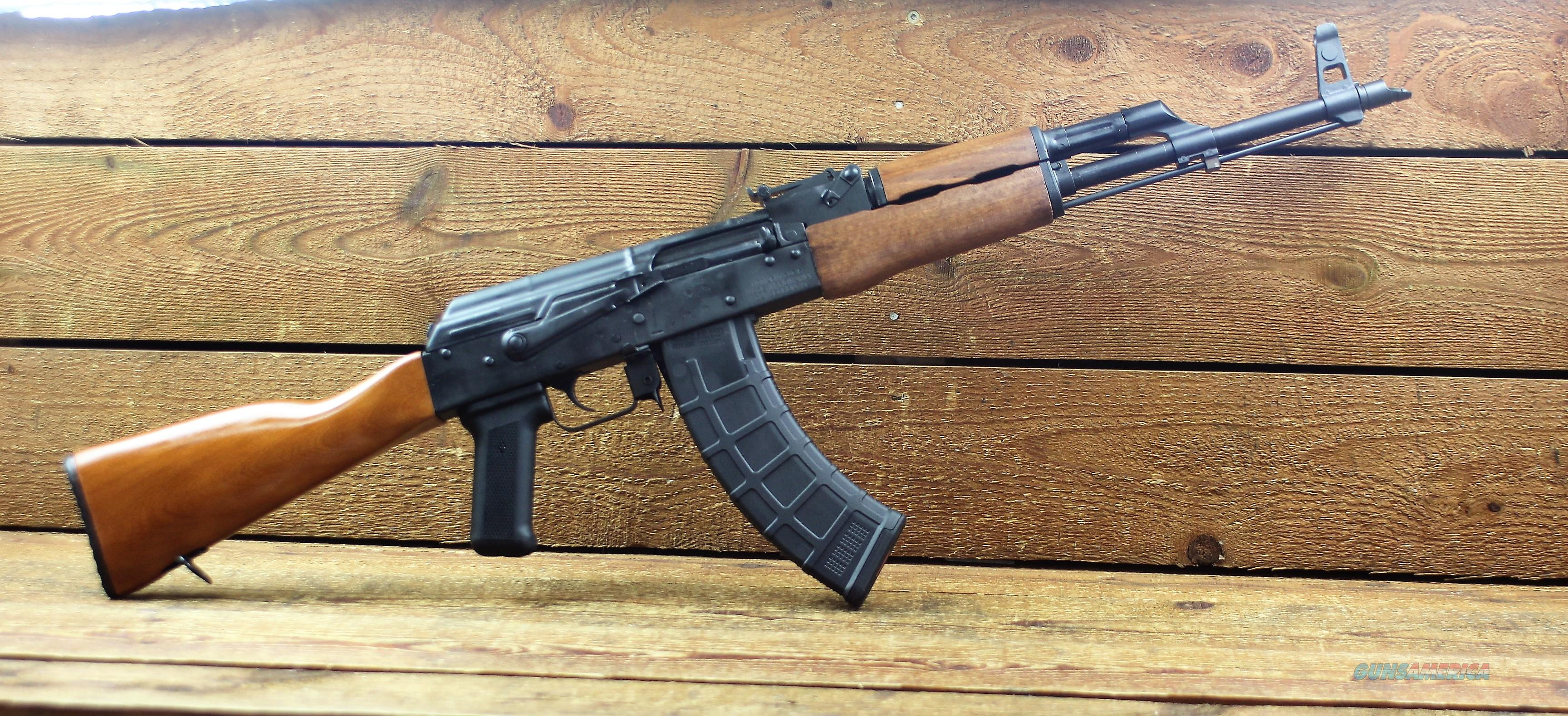 "EASY PAY $73 DOWN LAYAWAY 12 MONTHLY PAYMENTS C I A Romanian military model Romy G Century International GP WASR-10 Stamped receiver Chrome lined 16.25"" Barrel Ak-47 Ak47 7.62x39mm 30 Rounds Wood Stock Side Scope Rail RI1805N  Guns > Rifles > AK-47 Rifles (and copies) > Full Stock"