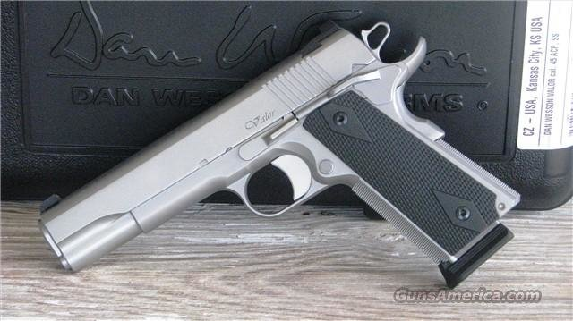 "CZ 1911 Dan Wesson Valor 01986 ""EASY PAY $144 MONTHLY""  Guns > Pistols > Dan Wesson Pistols/Revolvers > 1911 Style"