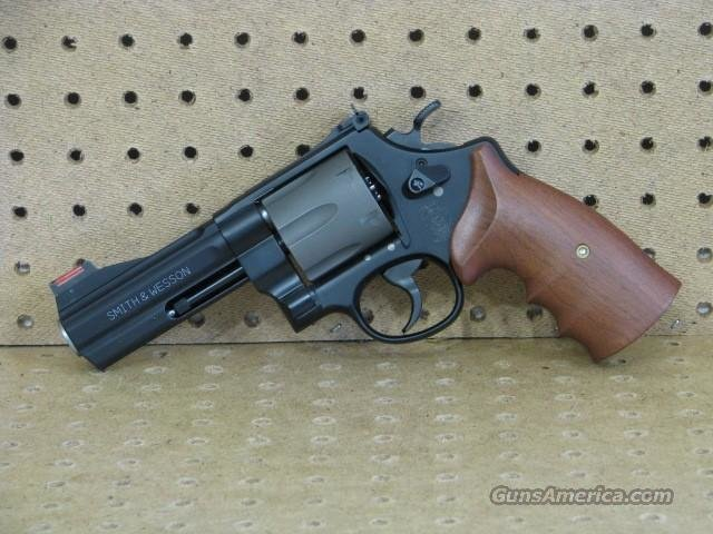 "S&W 329PD 44 mag Titanium ""EASY PAY $206 "" 163414  Guns > Pistols > Smith & Wesson Revolvers > Full Frame Revolver"