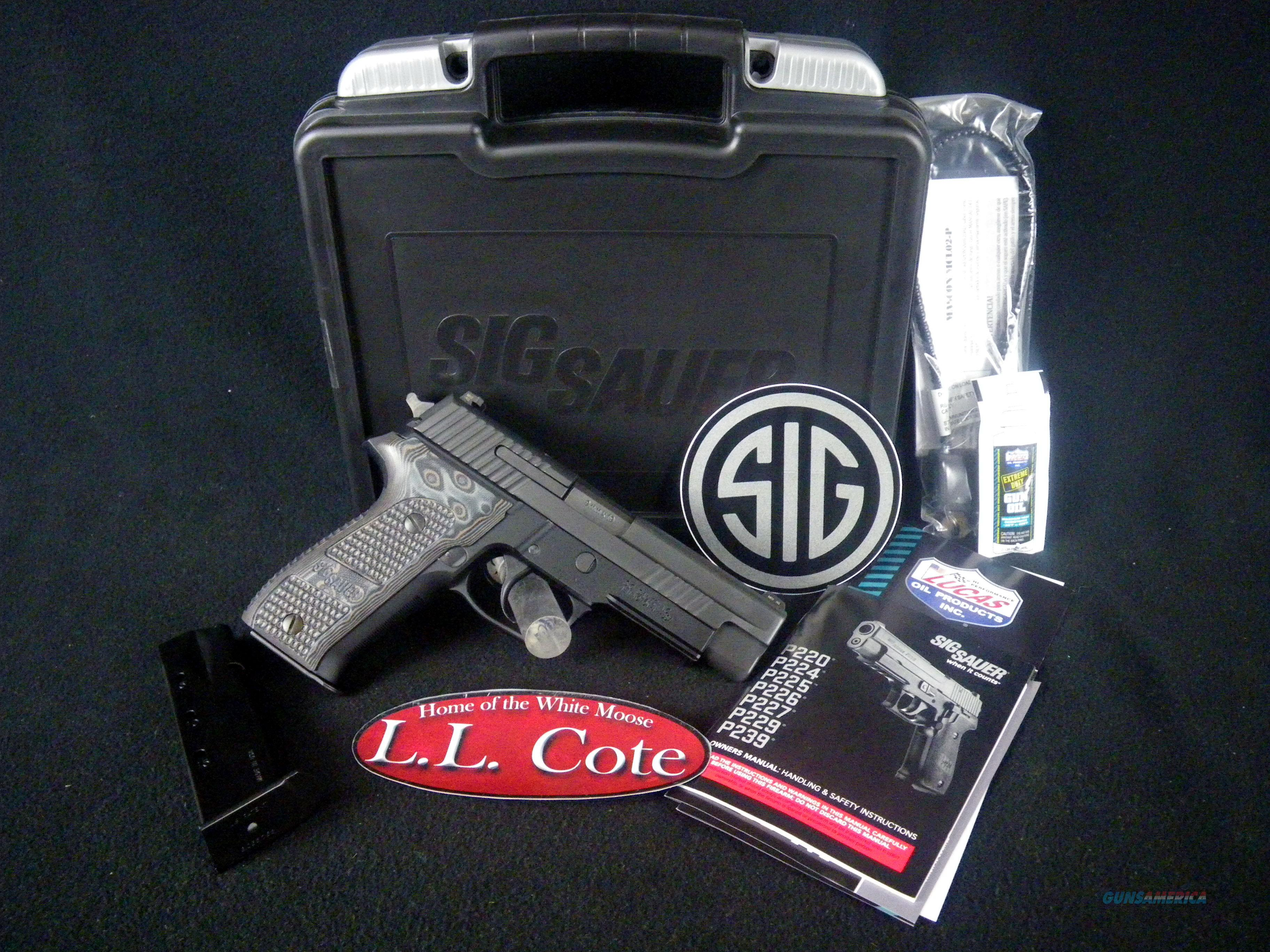 """Sig Sauer P226 Extreme G10 Grips 9mm 4.4"""" NEW E26R-9-XTM-BLKGRY  Guns > Pistols > Sig - Sauer/Sigarms Pistols > P226"""