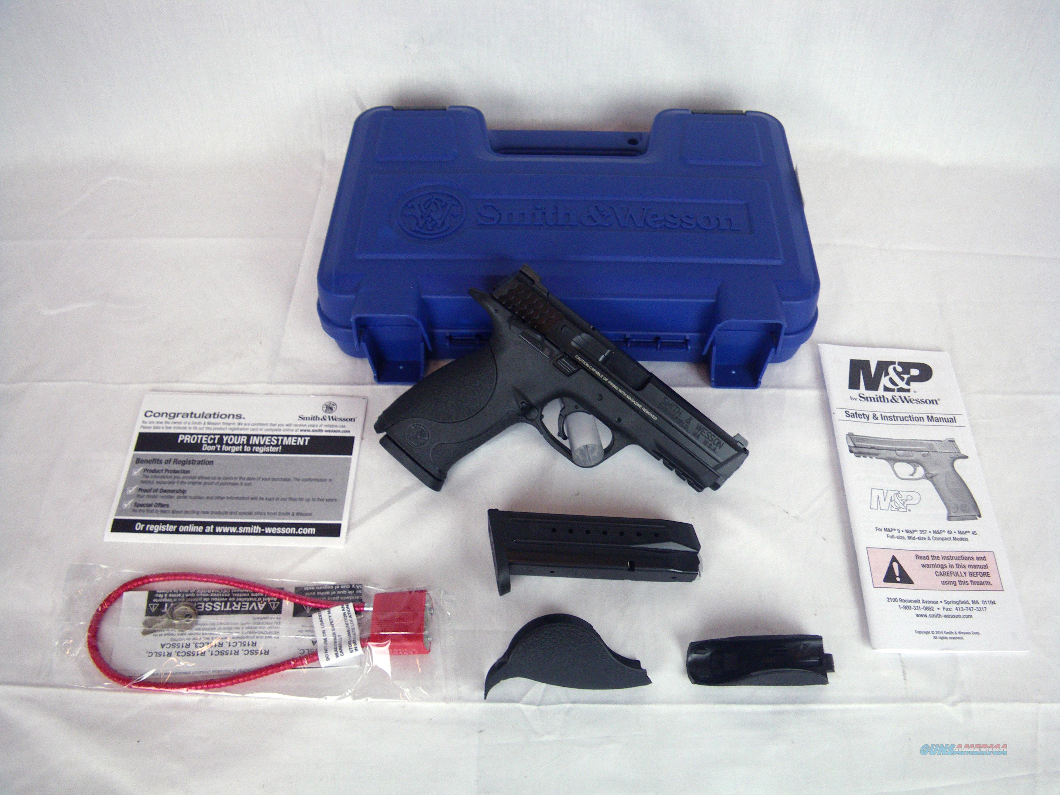 "Smith & Wesson S&W M&P9 Full Size 9mm 4.25"" NEW #206301  Guns > Pistols > Smith & Wesson Pistols - Autos > Polymer Frame"