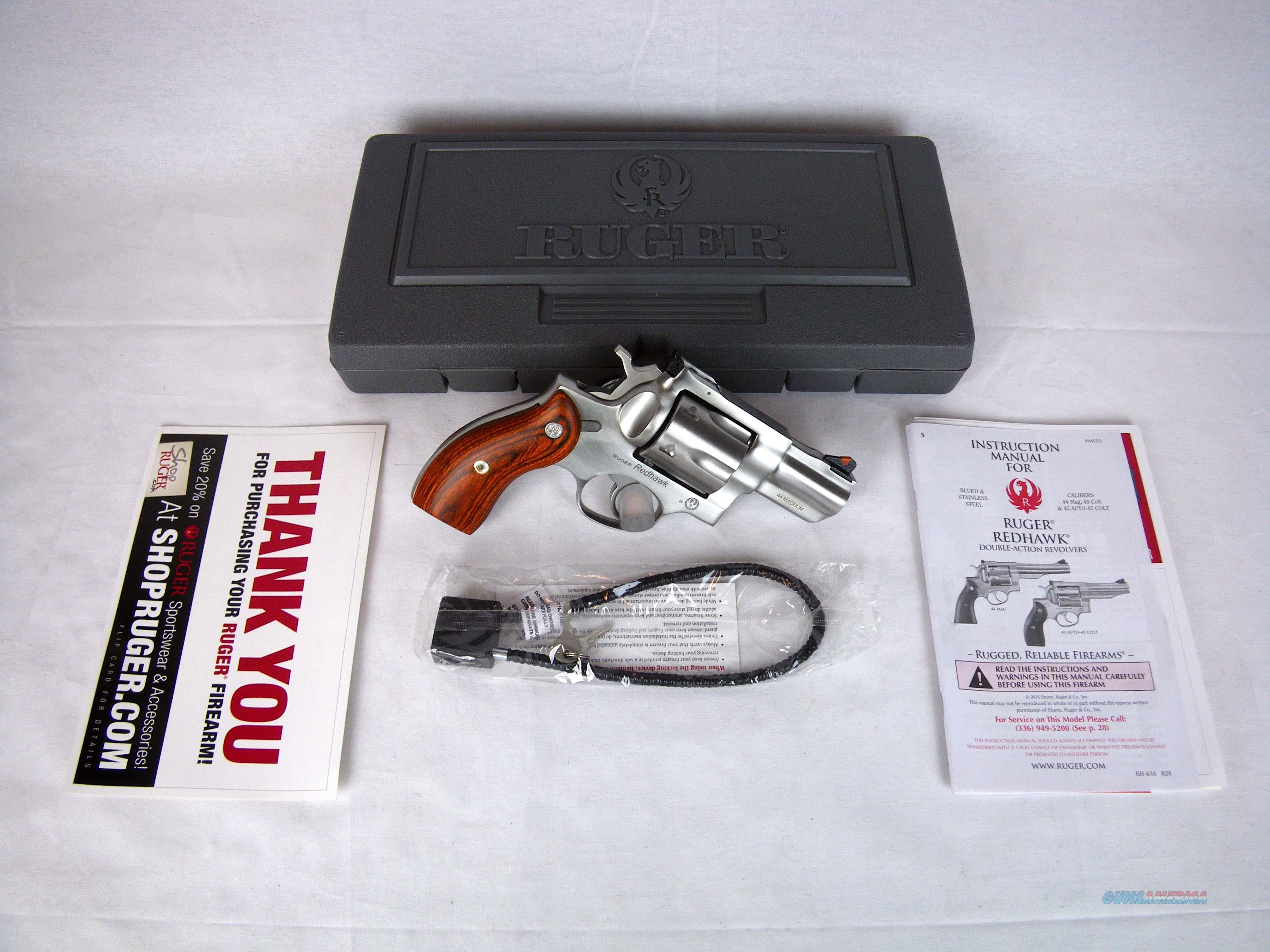 "Ruger Redhawk 44 Rem Mag 2.75"" NEW Stainless/Wood 5028  Guns > Pistols > Ruger Double Action Revolver > Redhawk Type"