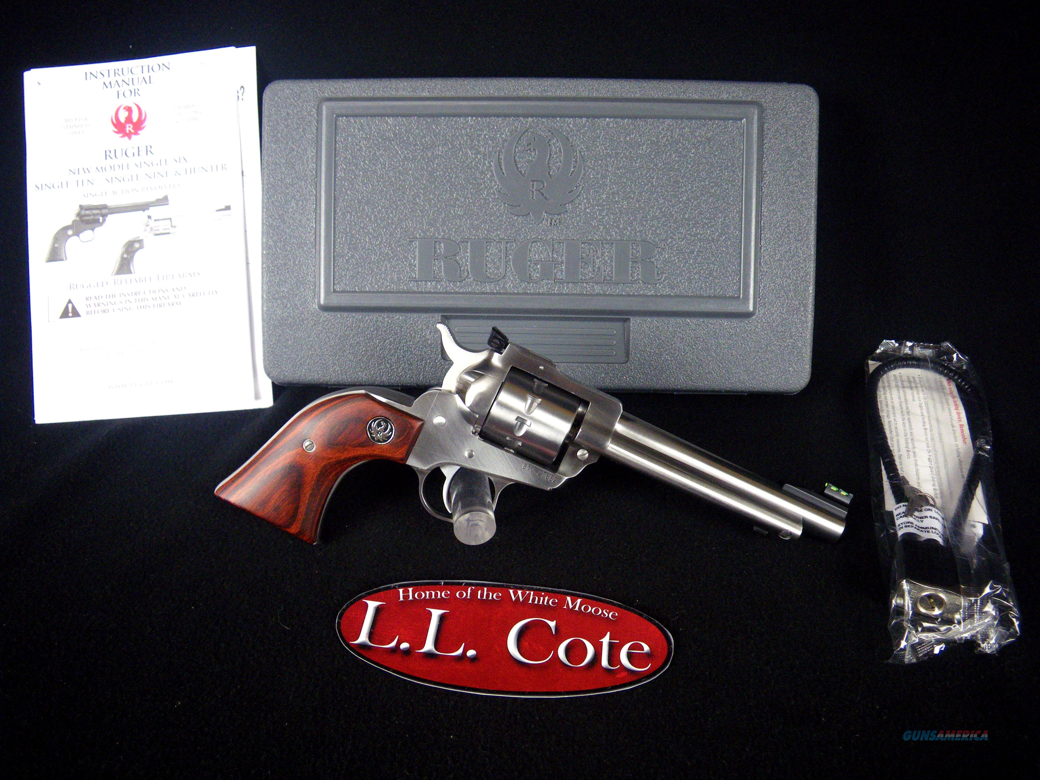 """Ruger Single-Ten Stainless/Wood 22lr 5.5"""" NEW 8100  Guns > Pistols > Ruger Single Action Revolvers > Single Six Type"""