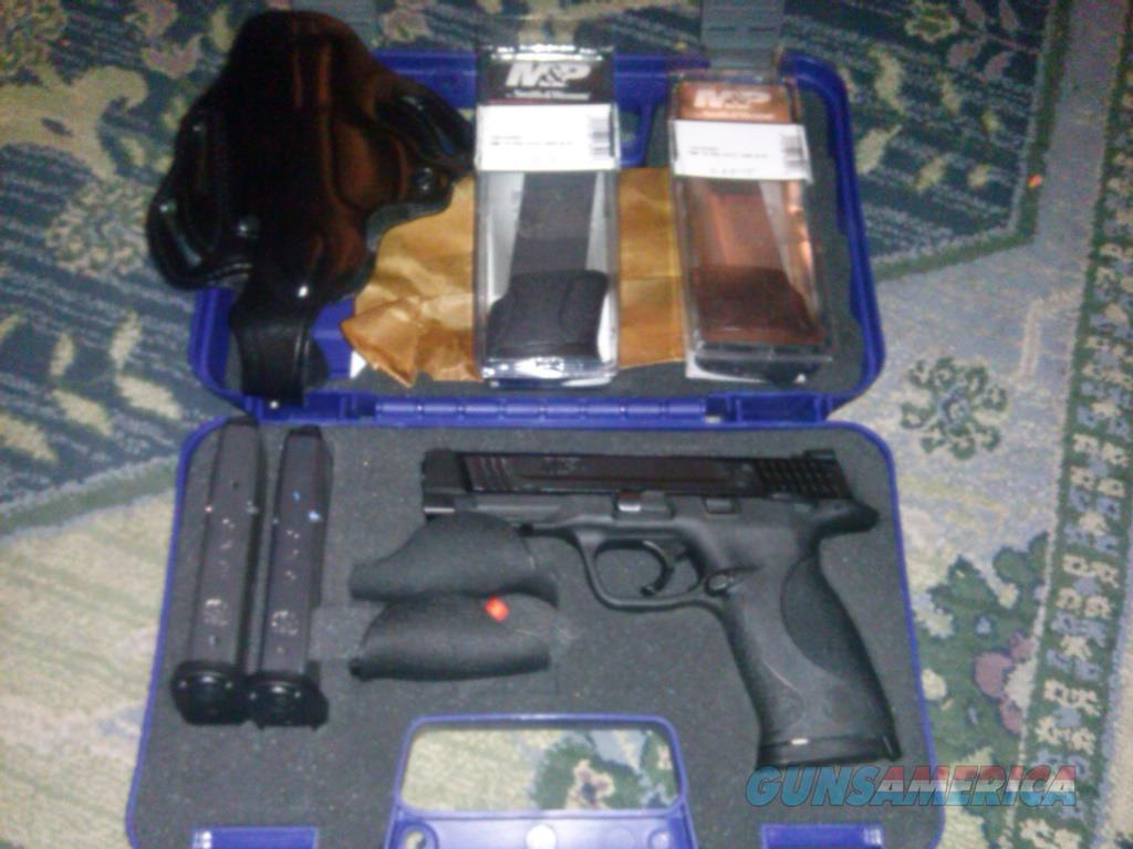 S&W M&P 45 + LOTS OF EXTRAS  Guns > Pistols > Smith & Wesson Pistols - Autos > Polymer Frame