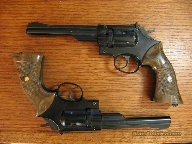 Pair of Crosman 38T CO2 pistols, revolver style  Non-Guns > Air Rifles - Pistols > CO2 Pistol