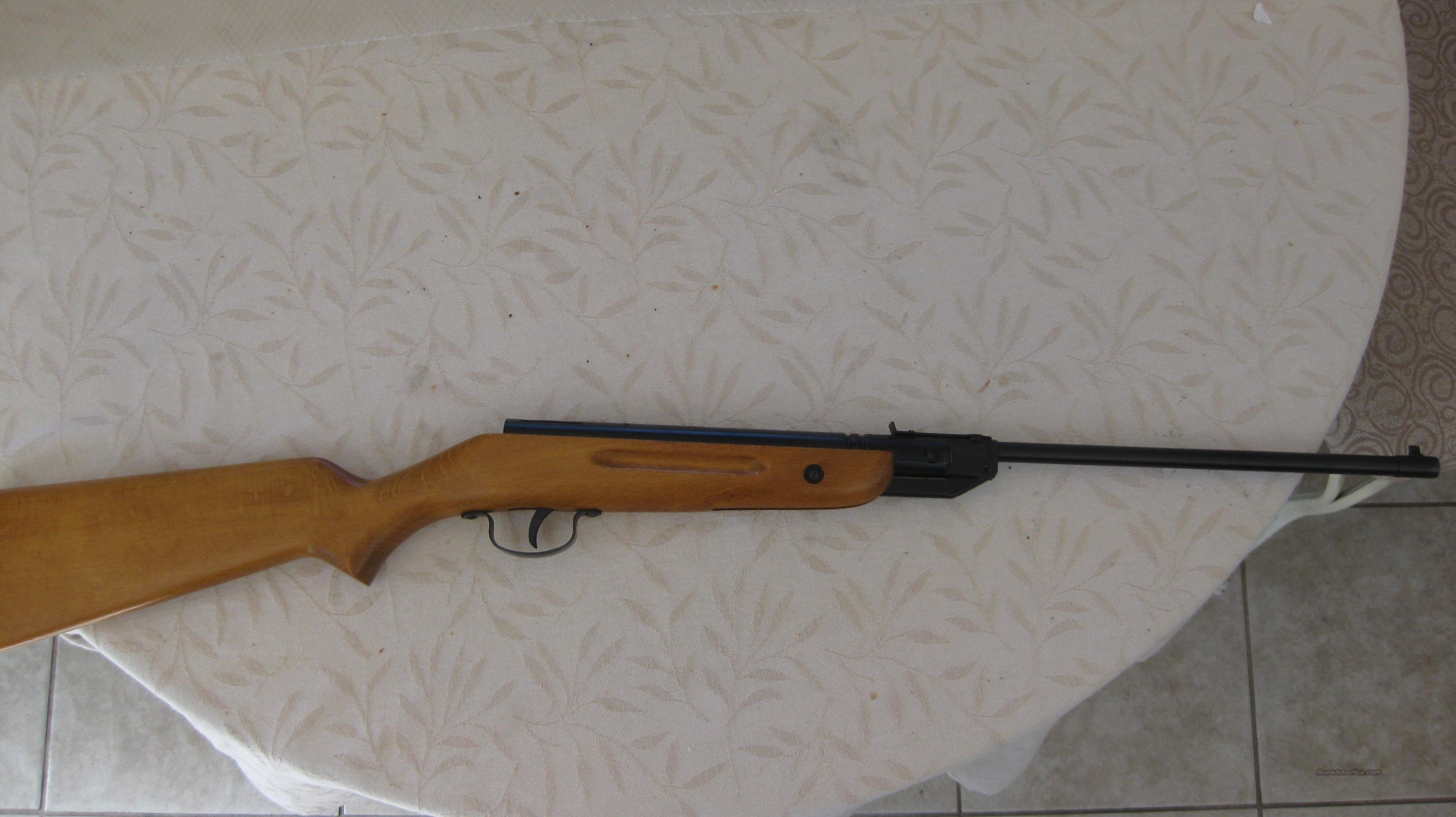 The minuteman  air rifle  Non-Guns > Air Rifles - Pistols > Vintage