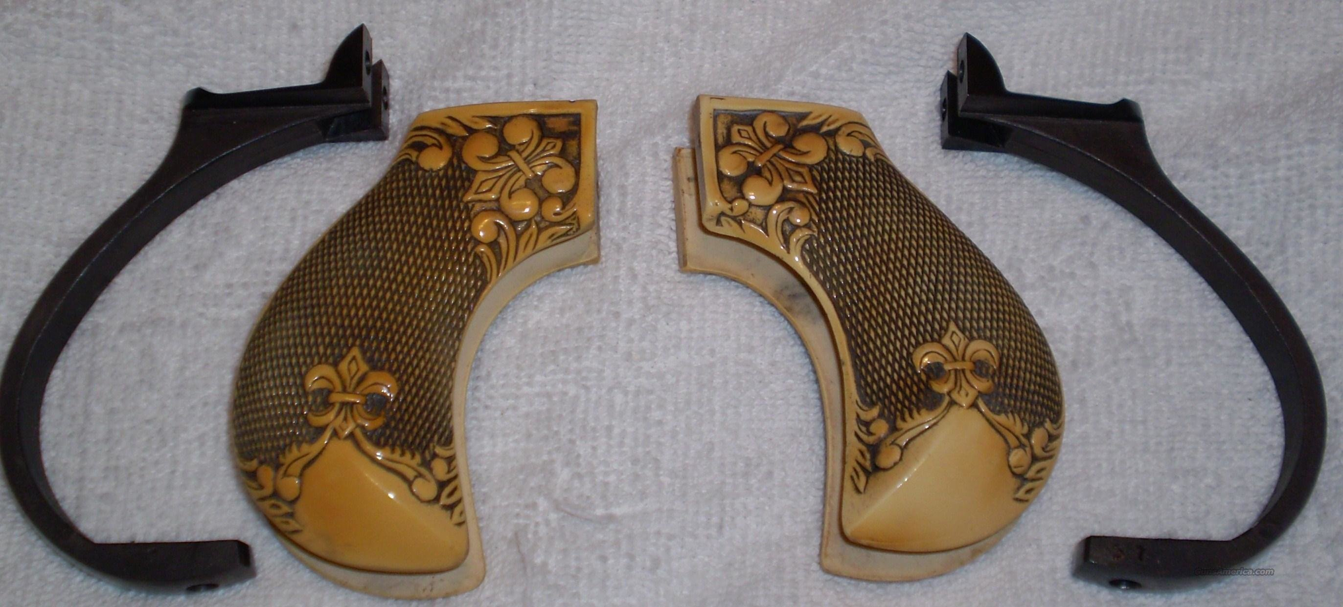 Cimarron Arms 1873 Thunderer Grips-set