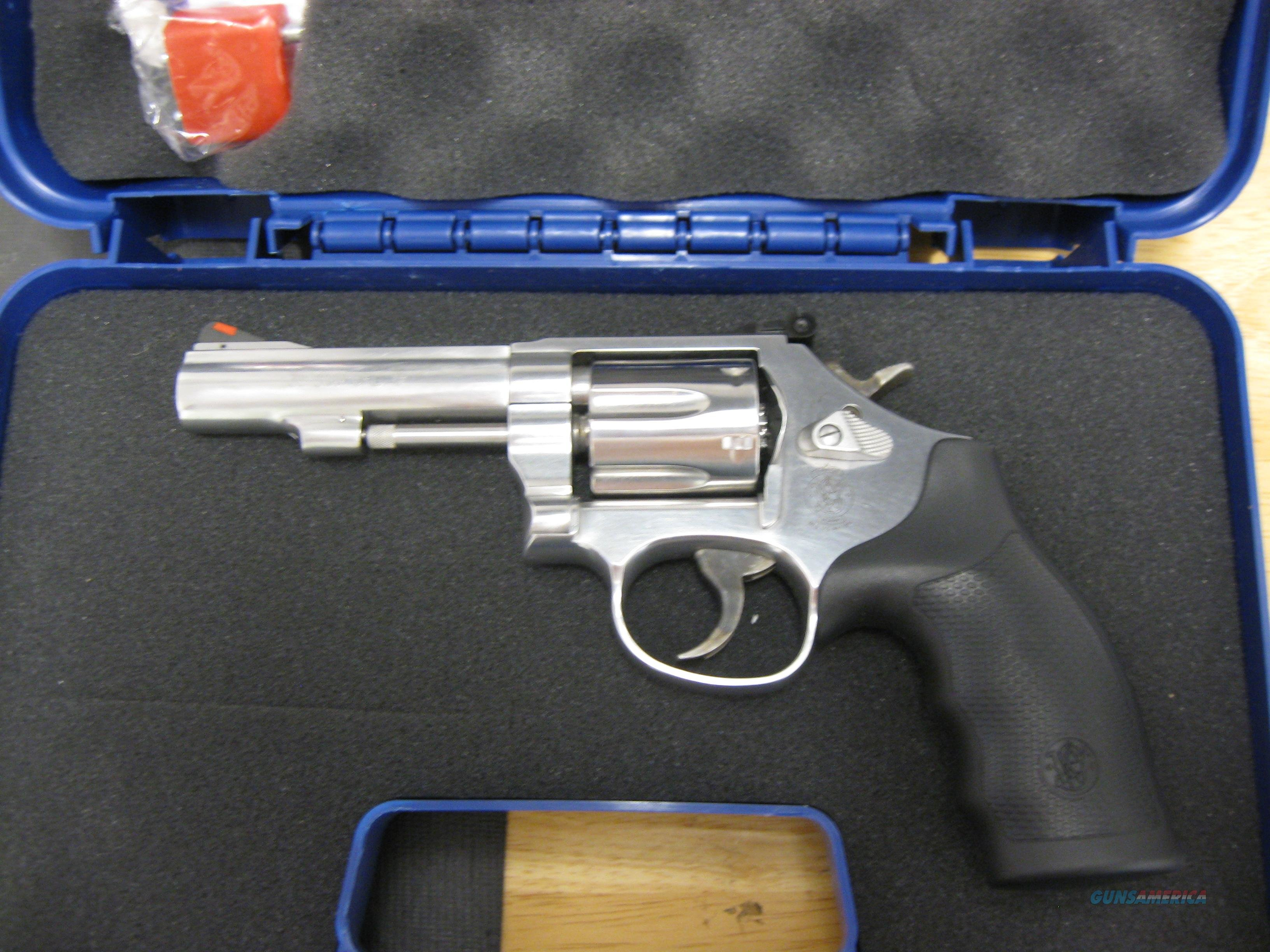 "Smith & Wesson 67 Revolver 162802, 38 Special, 4"", Rubber Grip, Stainless Finish, 6 Rd, Red Ramp Sights  Guns > Pistols > Smith & Wesson Revolvers > Full Frame Revolver"
