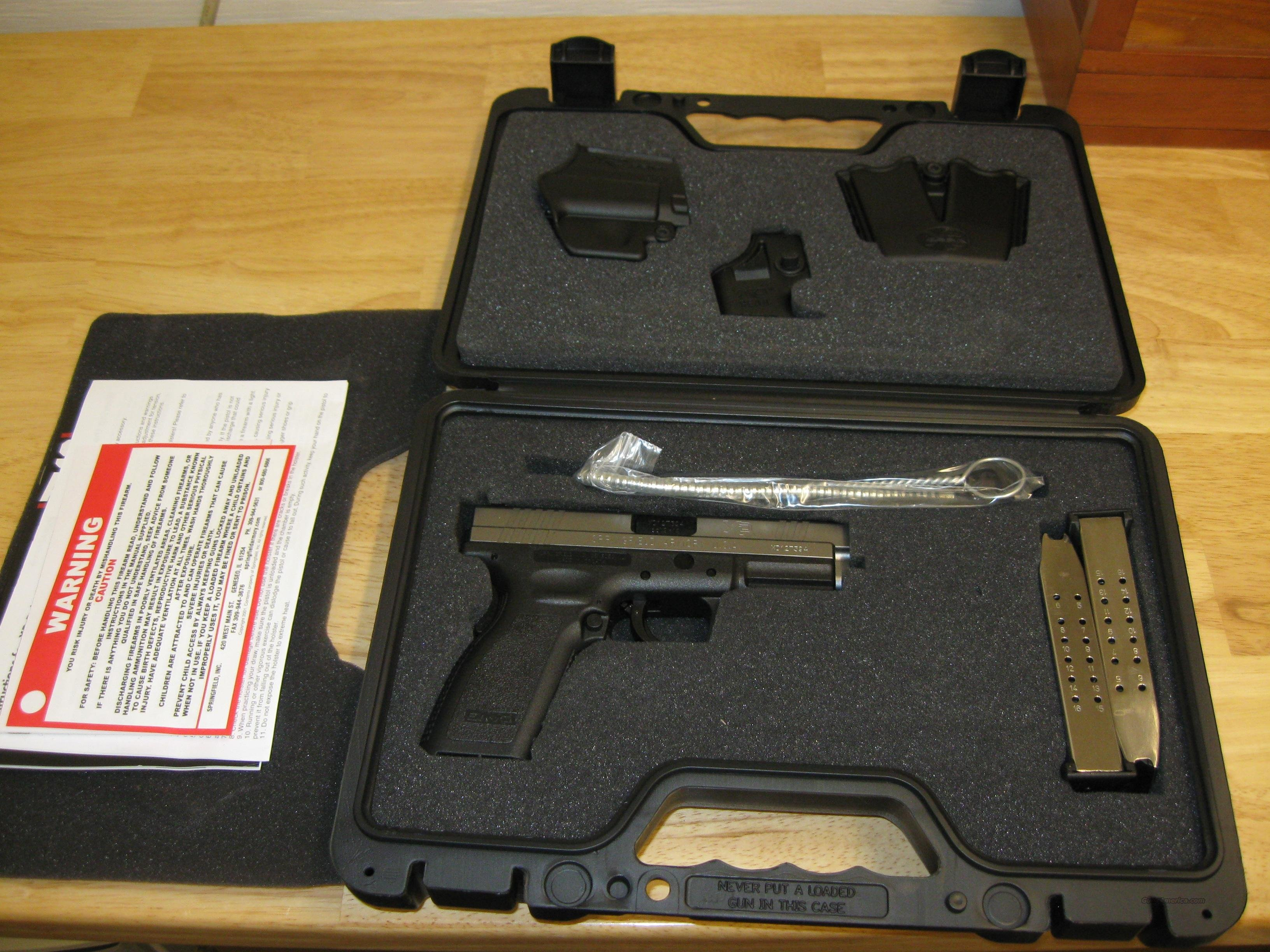 "Springfield Model XD Package XD9301HCSP06, 9mm, 4"", Checkered Polymer Grip, Stainless Slide/Black Frame, 16 Rd  Guns > Pistols > Springfield Armory Pistols > XD (eXtreme Duty)"