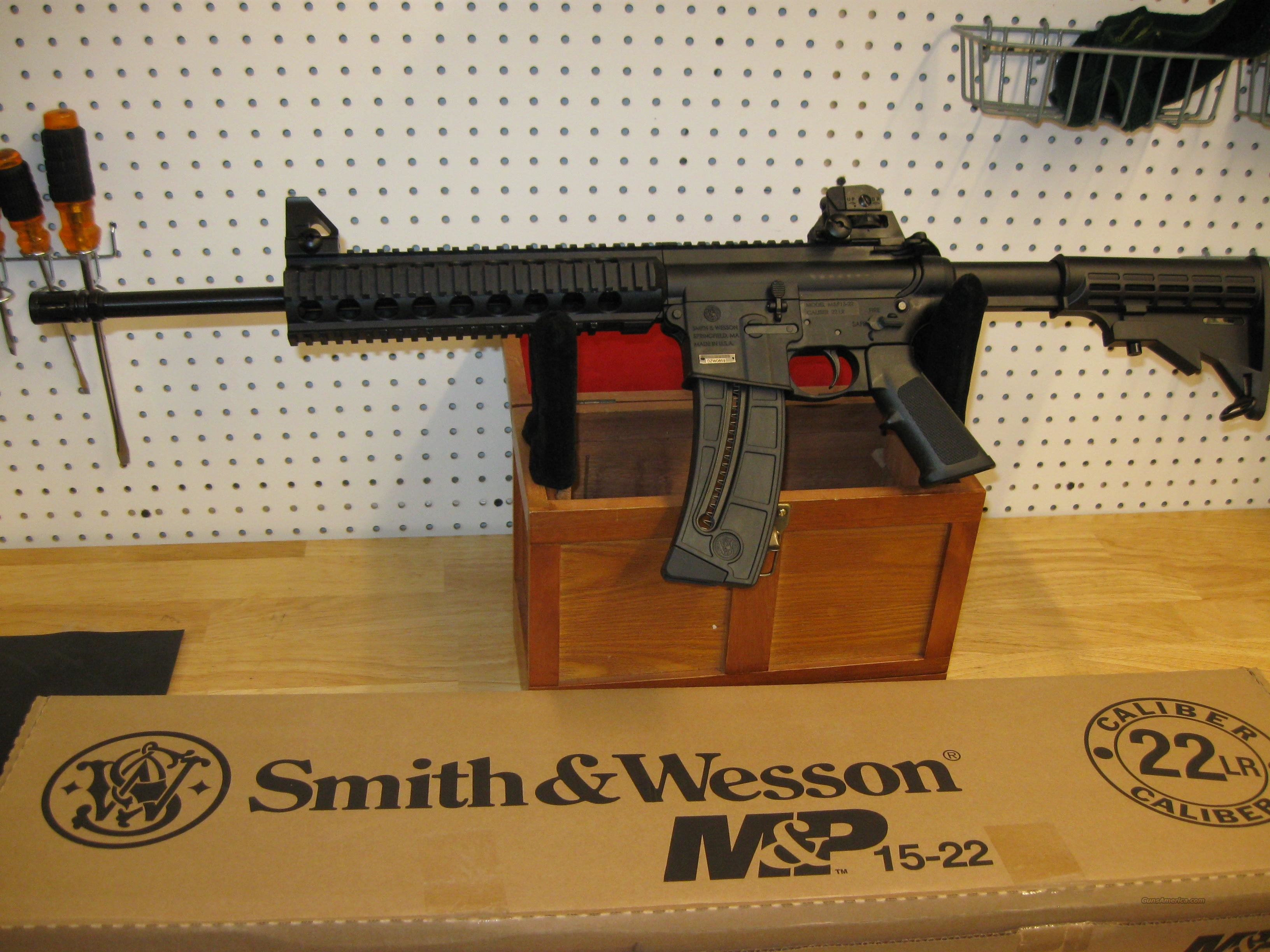 Smith & Wesson MP15-22 Rifle 811033, 22 Long Rifle, 16 in, 6-Point Collapsible Stock, Black Finish, 25 Rd  Guns > Rifles > Smith & Wesson Rifles > M&P