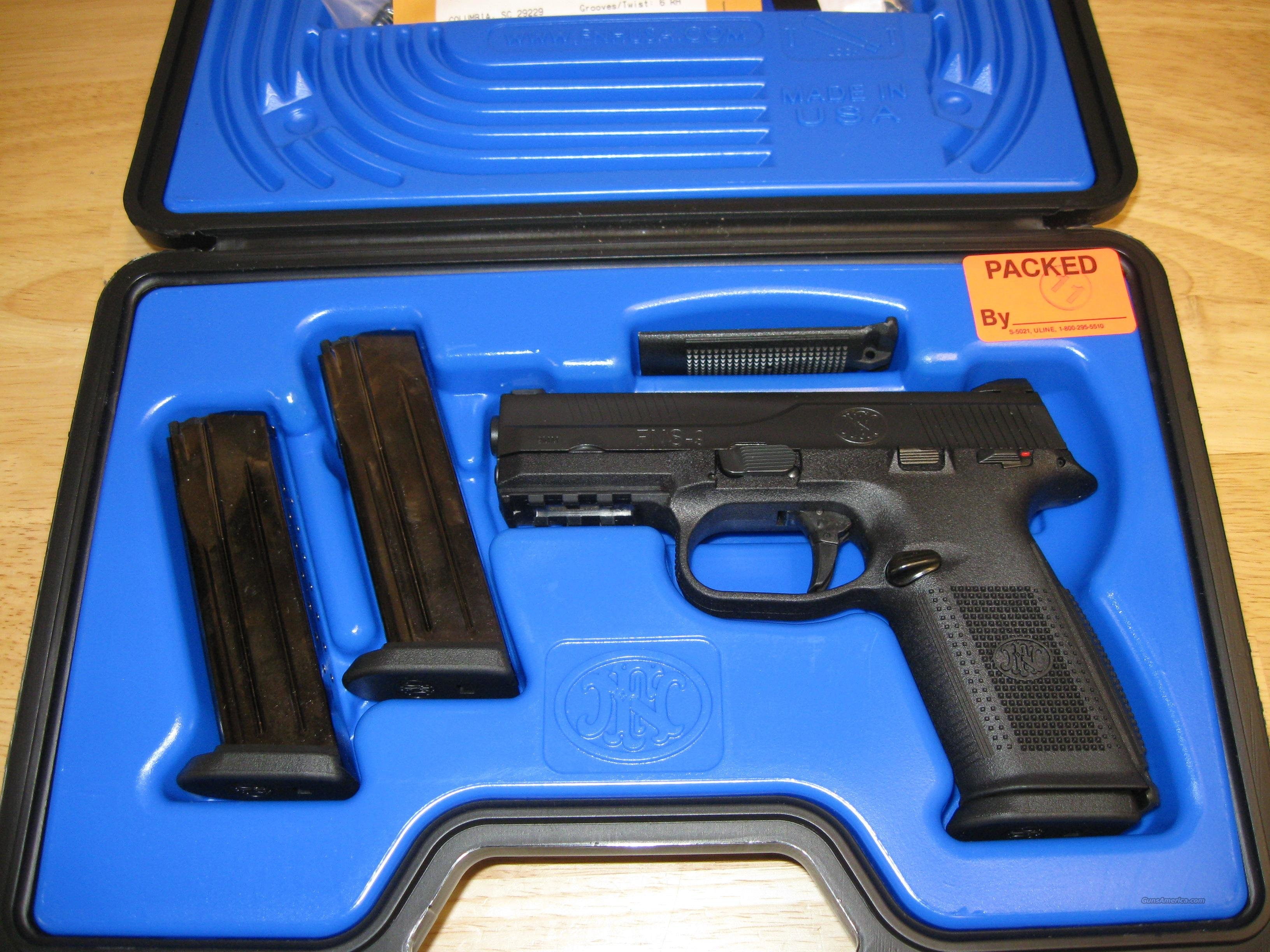 FNS-9 Pistol (66927), 9mm, 4 in, Night Sights ,Polymer Grip, Black Finish, 17 Rd  Guns > Pistols > FNH - Fabrique Nationale (FN) Pistols > FNP