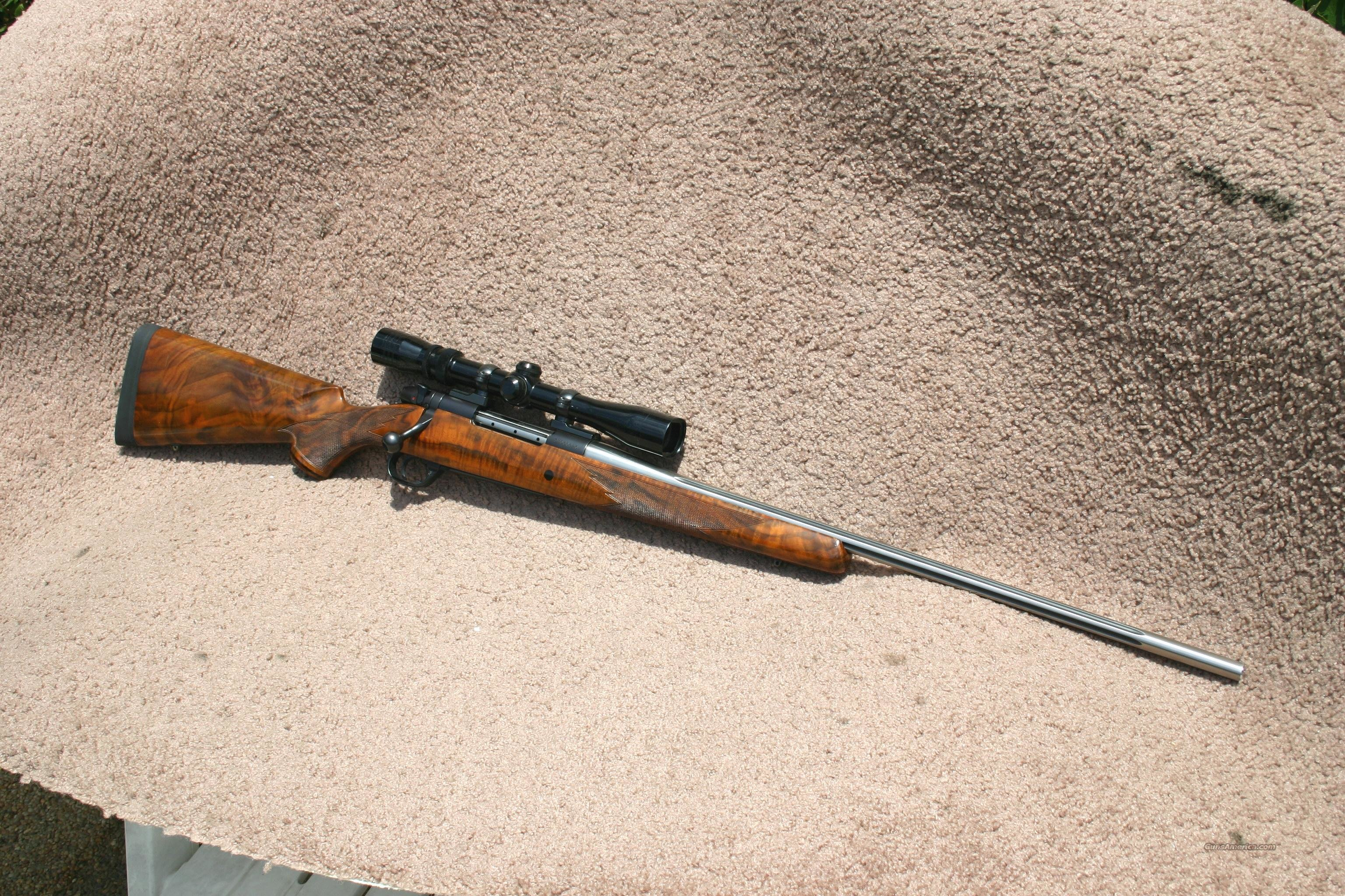 Weatherby Mark V Ultra Lightweight 7 mm Rem Mag  Guns > Rifles > Weatherby Rifles > Sporting