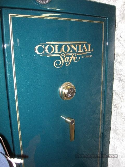 Liberty Colonial Safe model 23  Non-Guns > Gun Safes