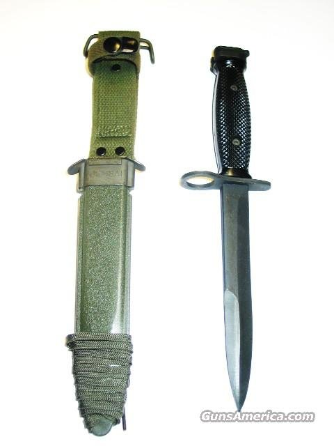 NEW AR15 M16 COLT MARKED U.S. Made  M7 BAYONET and  M8A1 SCABBARD USGI Viet Nam Era   Rare   AR 15 M 16  Non-Guns > Knives/Swords > Military > Bayonets