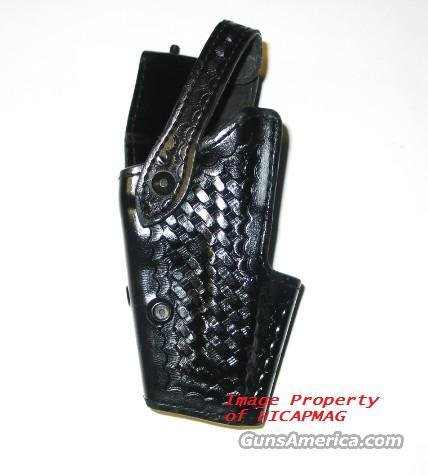 Beretta 92 / 92F / M9 / Tarus Safariland Police Duty Holster Exc. Condition.  Non-Guns > Holsters and Gunleather > Police Belts/Holsters