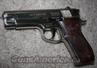 Smith & Wesson 39-2 pistol 9 MM  Guns > Pistols > Smith & Wesson Pistols - Autos > Steel Frame