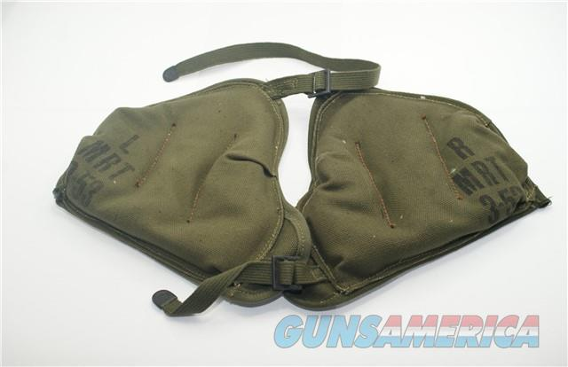Mortar Shoulder Pad , U.S. G.I.  Non-Guns > Military > Memorabilia