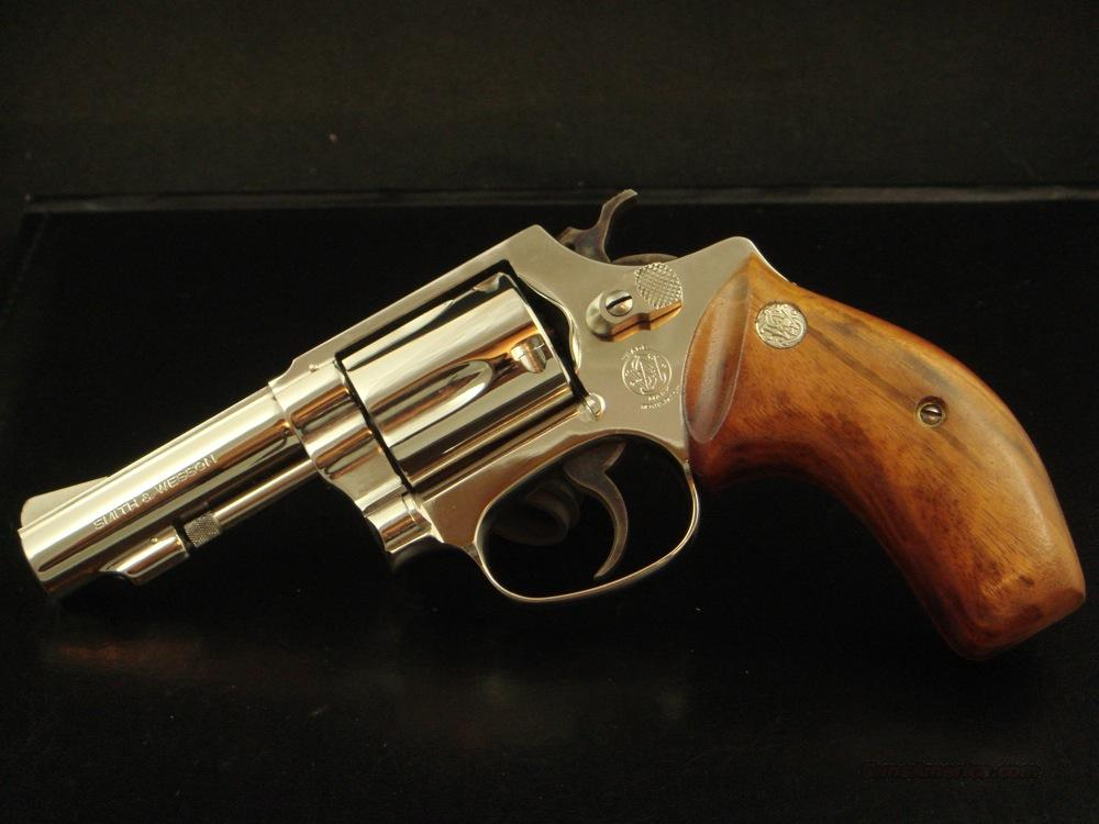 "S&W Smith Mod 36 Bright Nickel 3"" 38 Goncalo Alves  Guns > Pistols > Smith & Wesson Revolvers > Full Frame Revolver"