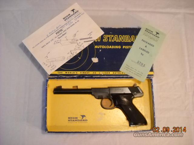 M-101 Dura-matic High Standard .22 lr with matching box  Guns > Pistols > High Standard Pistols