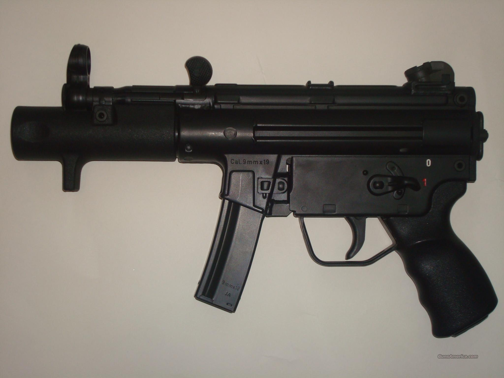 heckler& koch SP89  Guns > Pistols > Heckler & Koch Pistols > SteelFrame