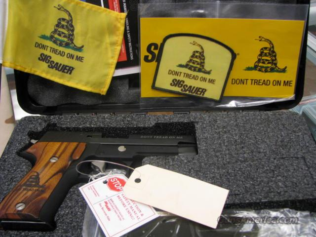 ATTENTION SIG COLLECTORS P226 Gadsden  Guns > Pistols > Sig - Sauer/Sigarms Pistols > P226