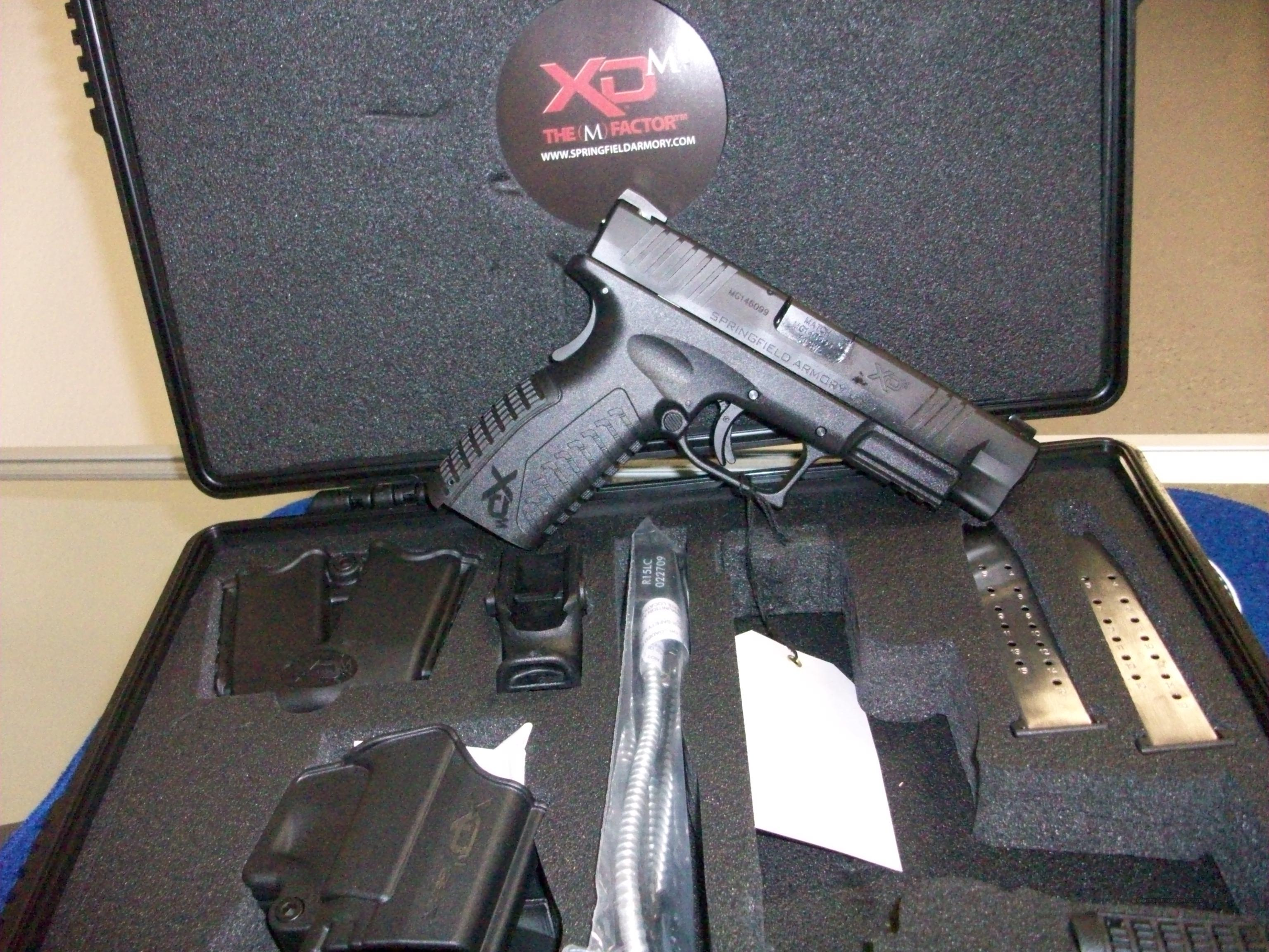Springfield XDM - .40SW (Full Kit with Carrying Case  Guns > Pistols > Springfield Armory Pistols > XD (eXtreme Duty)