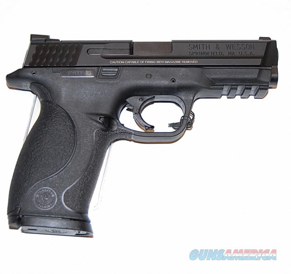 "Smith & Wesson M&P 40, Excellent Cond, Three mags, 4"" barrel  Guns > Pistols > Smith & Wesson Pistols - Autos > Polymer Frame"