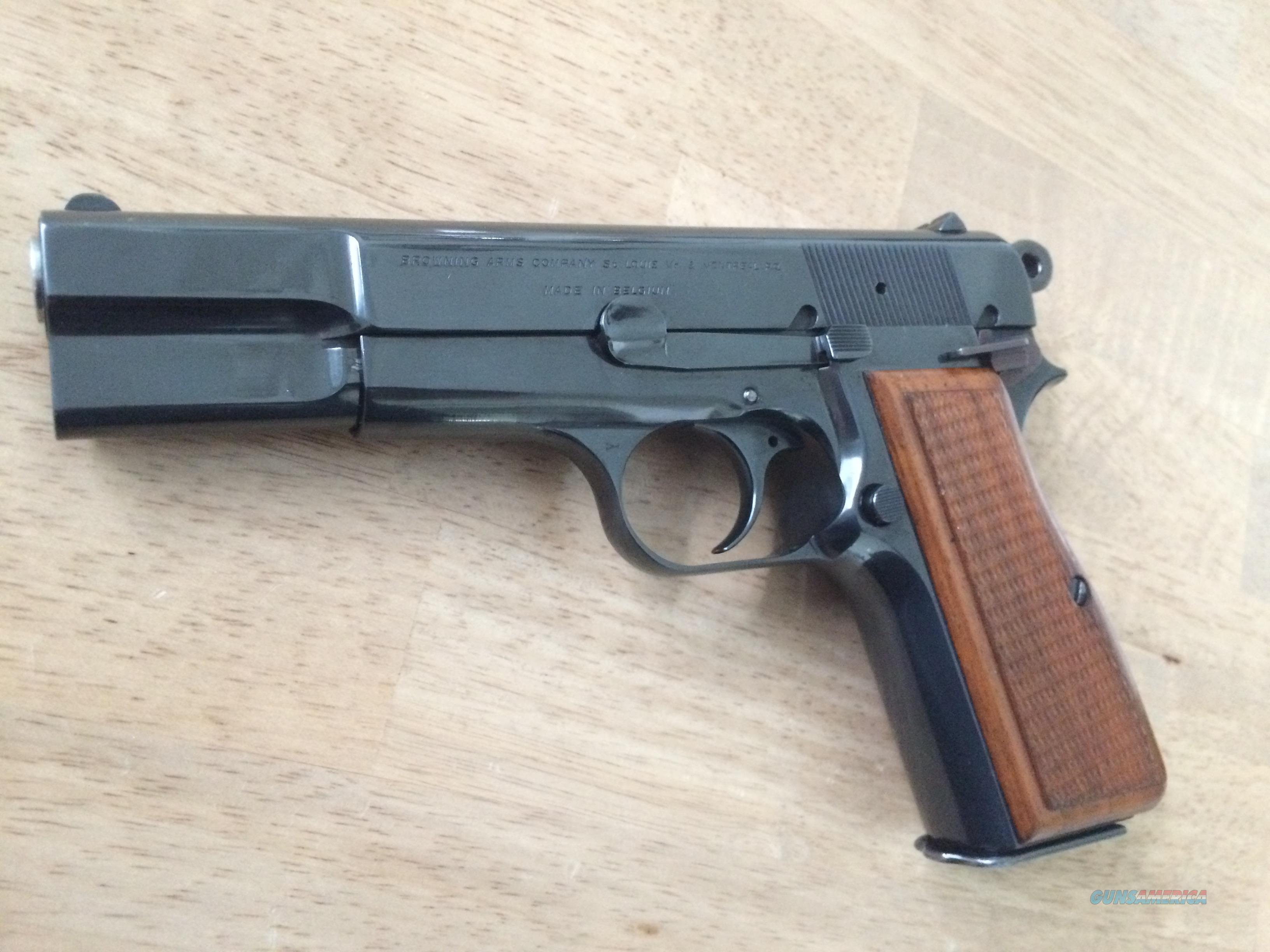 Browning Hi Power Belgium T Series 9mm - 1969 - with case  Guns > Pistols > Browning Pistols > Hi Power