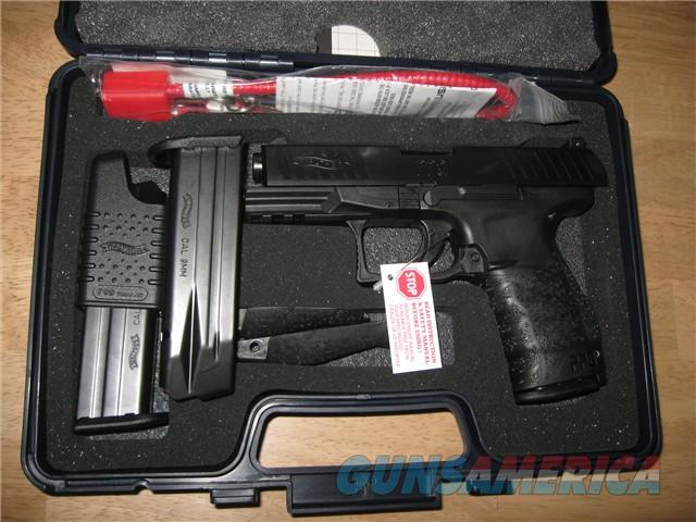 Walther PPQ M1 9MM /w/ Paddle Release Not M2  New 3 Mags!  Guns > Pistols > Walther Pistols > Post WWII > P99/PPQ