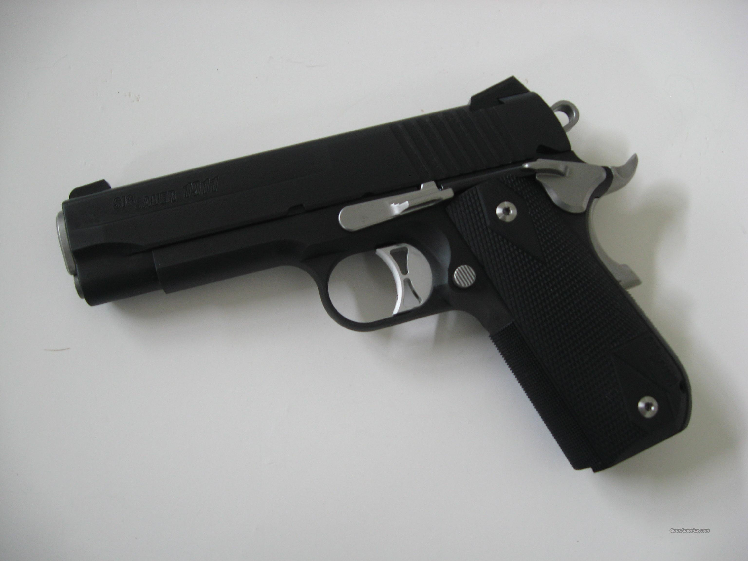 Sig Sauer 1911 Carry Nightmare 1911FCA-45-NMR  Guns > Pistols > Sig - Sauer/Sigarms Pistols > 1911
