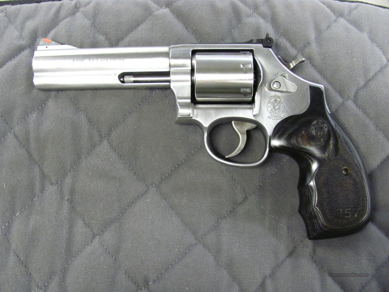 Smith & Wesson Model 686 Talo 3-5-7 Series 5 Inch 357 Mag  **NEW**  Guns > Pistols > Smith & Wesson Revolvers > Full Frame Revolver