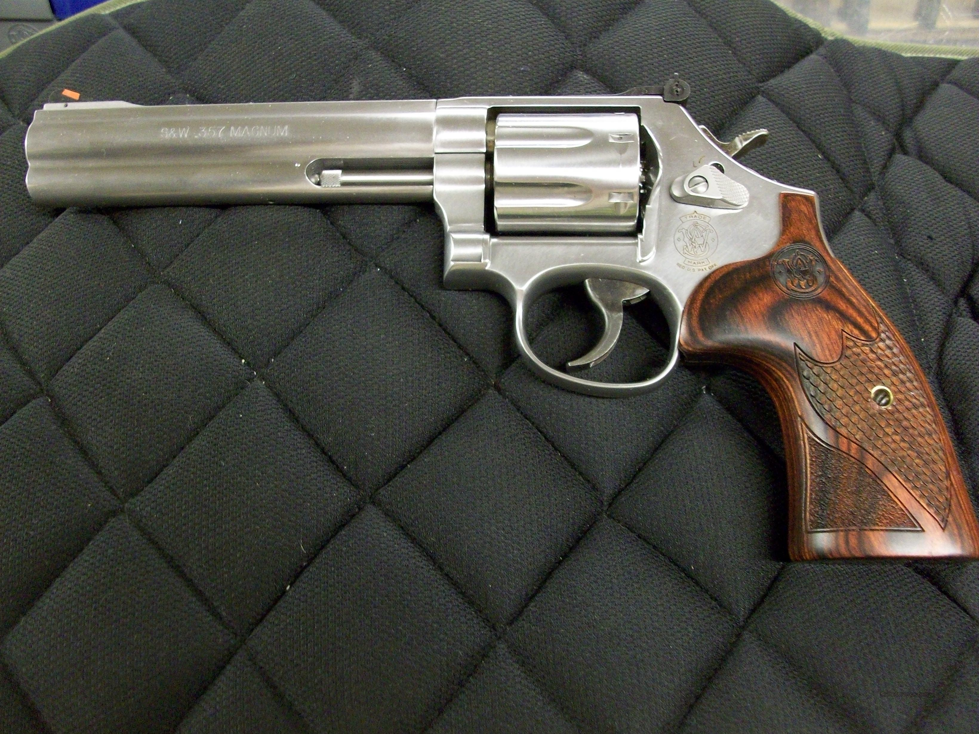 Smith & Wesson Model 686 Deluxe 6 inch 7 shot 357 Mag Talo Grips  **NEW**  Guns > Pistols > Smith & Wesson Revolvers > Full Frame Revolver